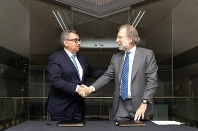FEDA i Endesa signen un contracte perquè com a mínim el 33% de l'energia que s'importa d'Espanya sigui d'origen renovable